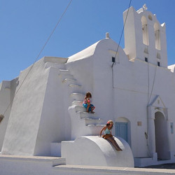 Playing at church _#cyclades #summer2016 #aegeansea #wind #VacationFeels