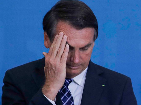 Bolsonaro vai ao STF contra obrigação de levar internet às escolas públicas