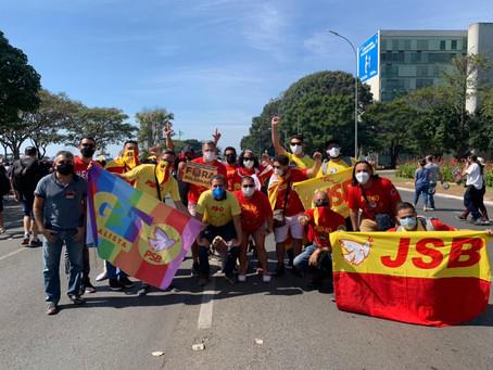 PSB-DF protesta contra Bolsonaro quando país chega a 500 mil vidas perdidas por Covid