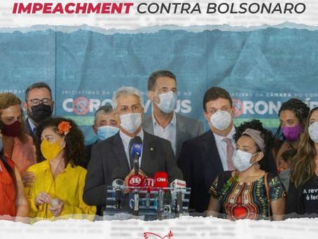 PSB e partidos de oposição protocolam novo pedido de impeachment contra Bolsonaro
