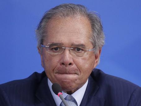 Paulo Guedes contribuiu para atraso na compra de vacinas; oposição cobra investigação