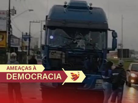Locaute: bolsonaristas atacam caminhoneiros e forçam paralisações