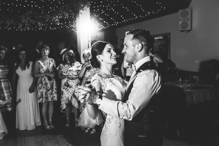 Rhiannon-phil-Canada-Lodge-Lake-wedding-Lewis-Fackrell-photography-574.jpg