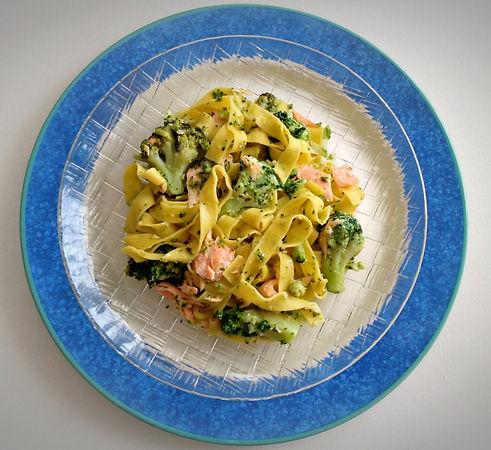 tagliatelles-saumon-brocolis_dietetiqueaudrey