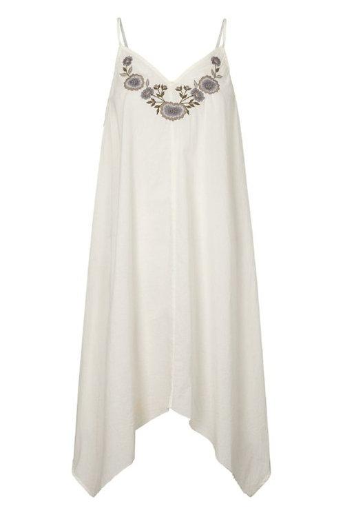 3750B - Cotton strap dress w.emb - Off.White
