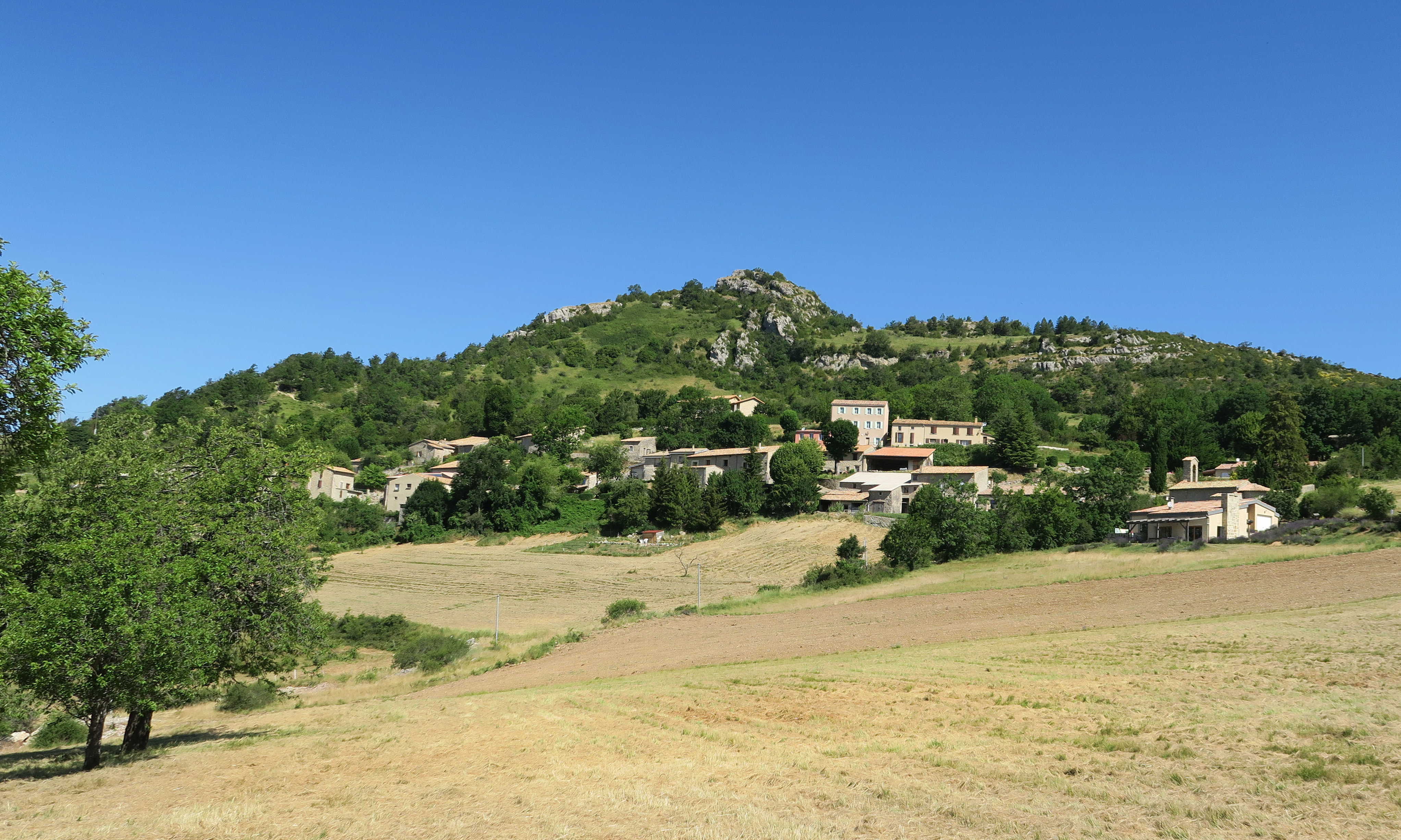 Gite Drôme Rimon • Village