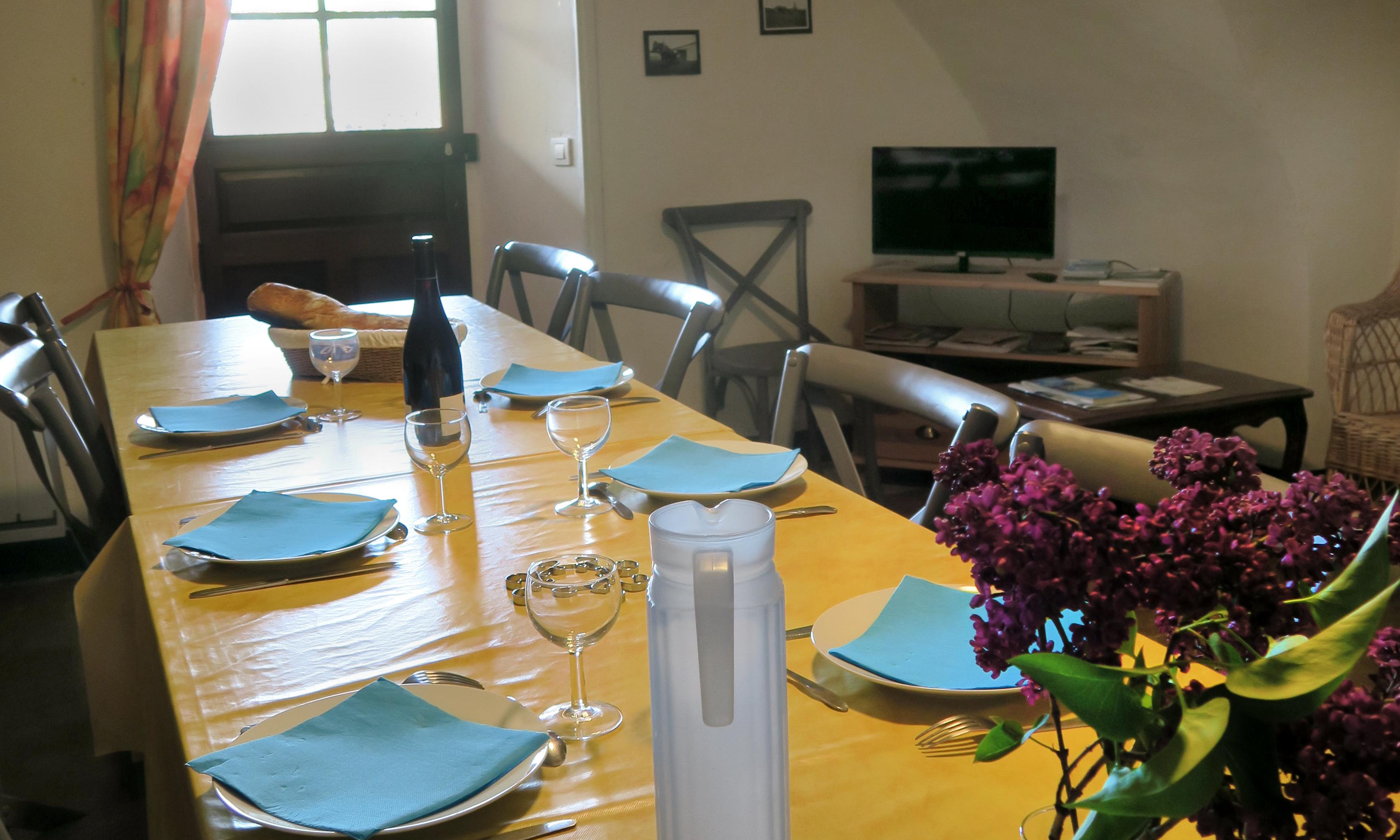 Gite Etape Drôme Rimon • Salle repas