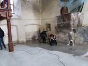 Haljala kiriku põranda vahetus.
