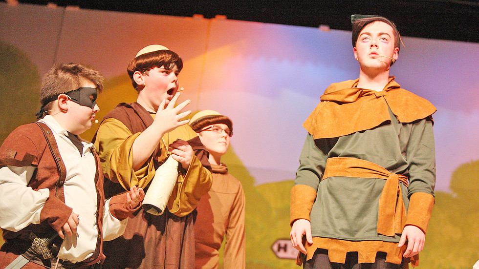 De La Salle Robin Hood Play 91212mj16.JP