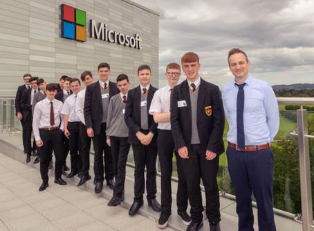 De La Salle visits Microsoft