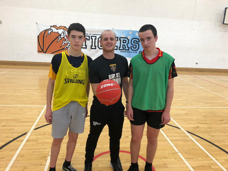 De La Salle hosts Youth Spor​t ​Basketball coaching course