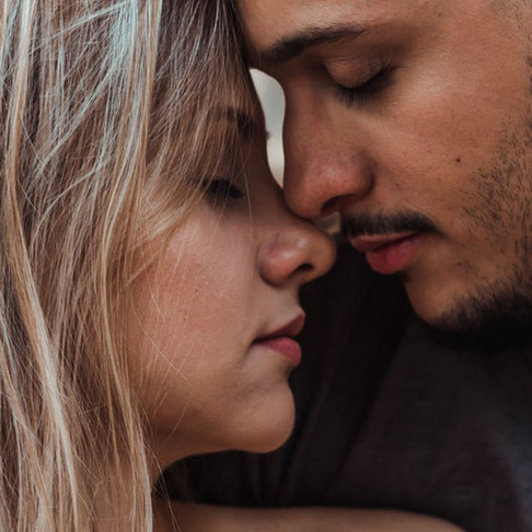 8 Signs You're in a Twin Flame Relationship