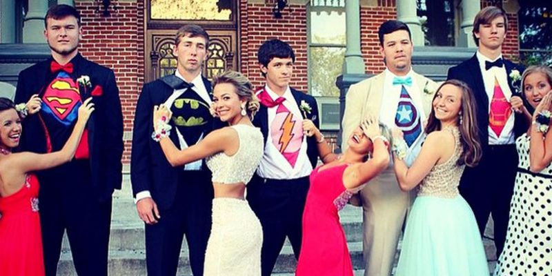 15 Creative Ideas for Prom Pics With Your Squad