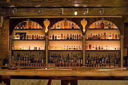 5 Unique Bars for Girls Night