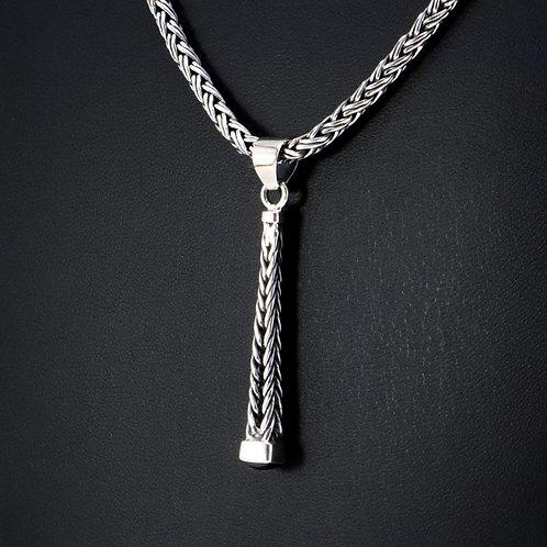 Sterling silver pendant with Garnet gemstone