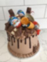 Kinder Drip Cake_edited.jpg