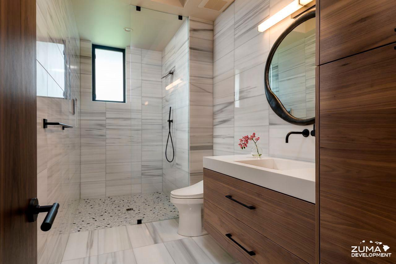 Bath 4 Shower