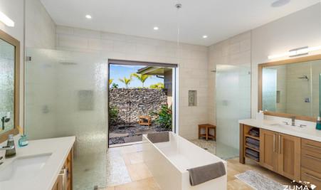 Macchiato - Master Bathroom