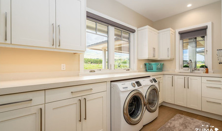 Macchiato - Laundry Room