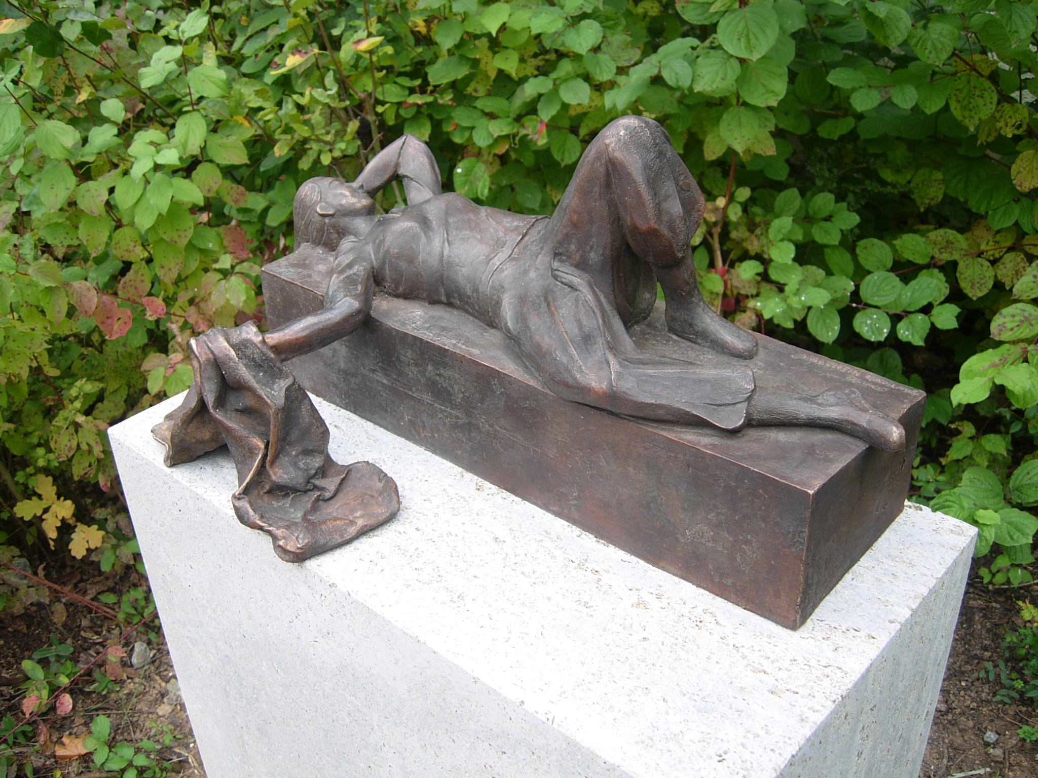Bronzeguss auf Sockel