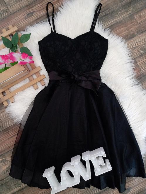 Vestido Preto Renda com Tule M