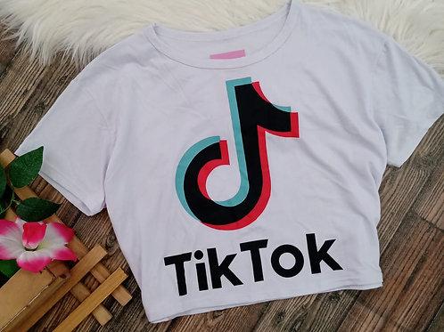 Cropped branco Tik Tok
