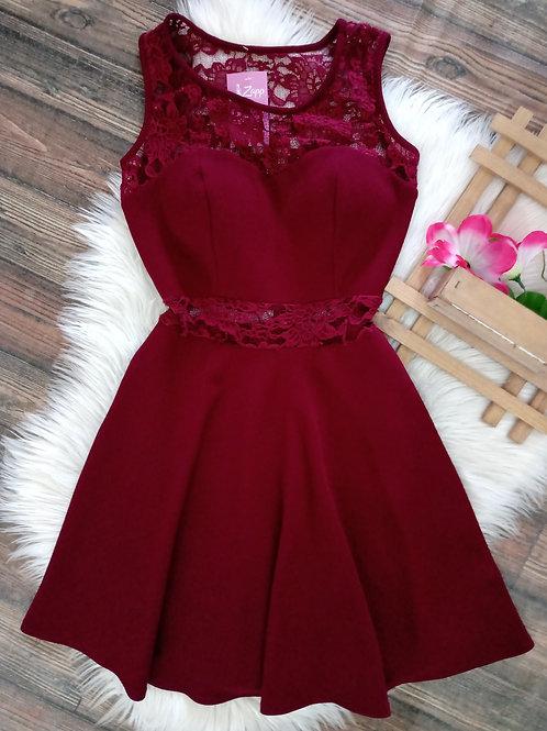Vestido Marsala com renda M