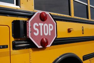 bus-1098970_640