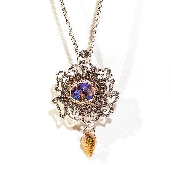 Long Opal Necklace w. Rose Gold & Rose Cut Diamond