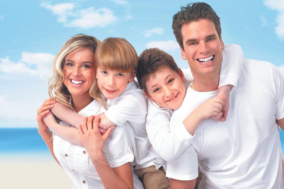 Happy-Family-8.jpg