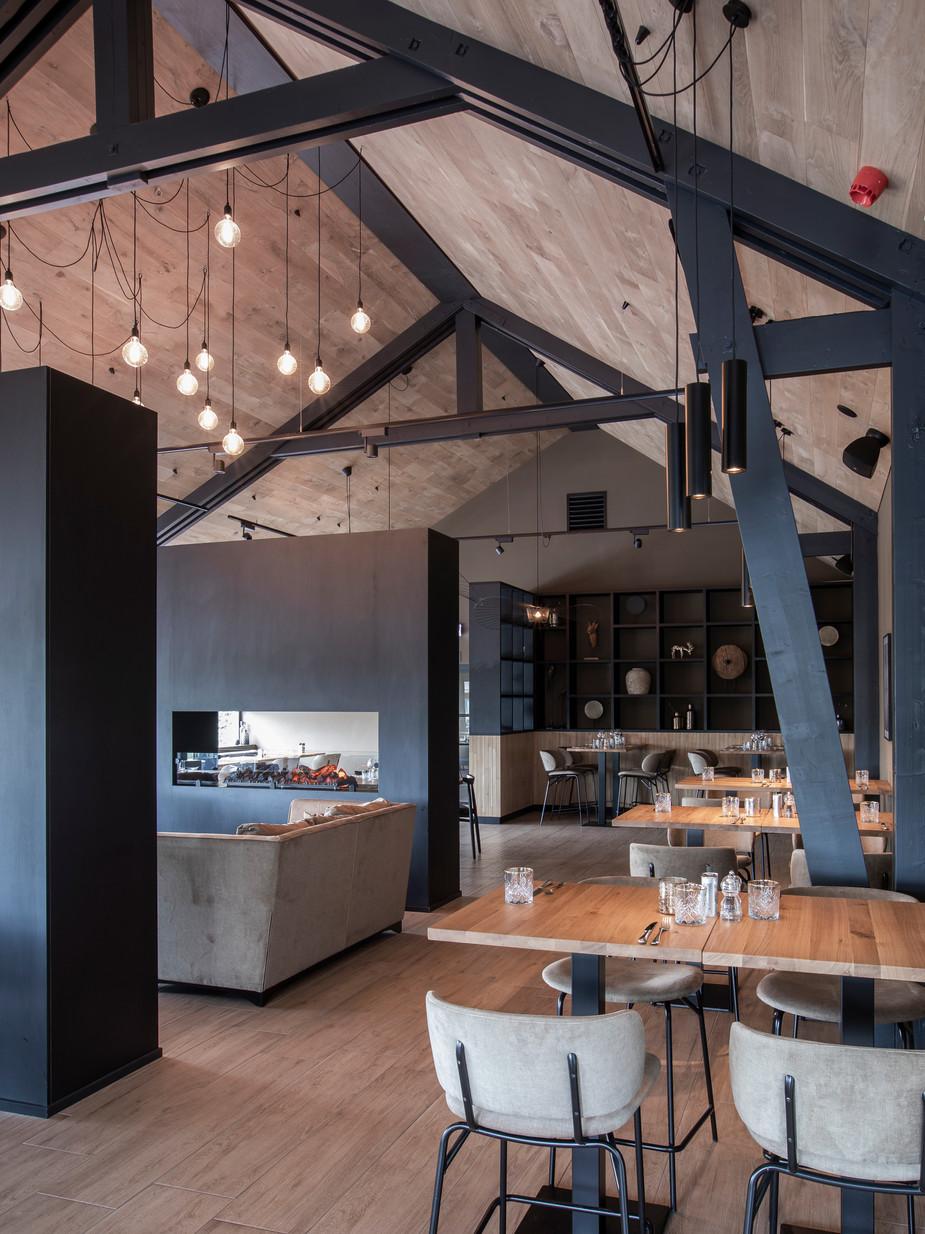 Binnenmaas, Restaurant