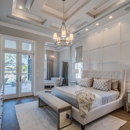 Hamptons lux bedroom