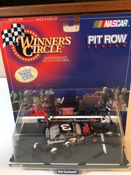 1998 GM Goodwrench Plus Pit Row / Dale Earnhardt Sr. 1:64 Peg