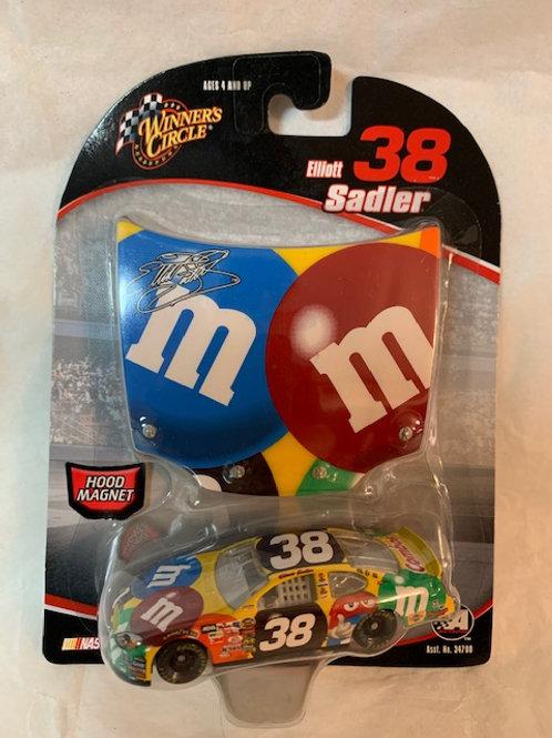 2005 M&M's Hood Magnet / Elliott Sadler 1:64 Box#14