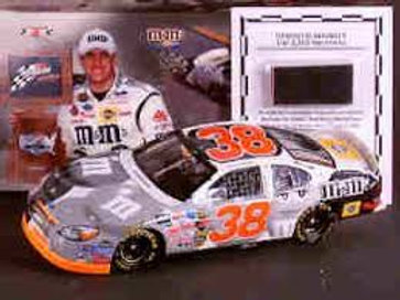 2004 M&M's Twin 125 Win With a Pc of the Tire off the Car / Elliott Sadler 1:24