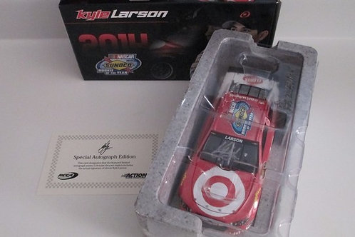 2014 Autographed Target Rookie Of The Year  (Galaxy) / Kyle Larson 1:24  Wall