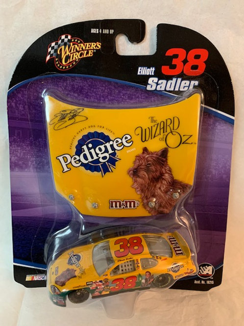 2004 Pedigree with Wizard of Oz Hood Magnet / Elliott Sadler 1:64 Box#14