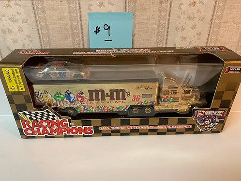 1998 M&M's Gold Premier with Stock Racing Team  Transporter / Ernie Irvan   1:64