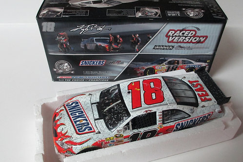2008 Snickers Atlanta Race Win Shredded tire /  Kyle Busch 1:24
