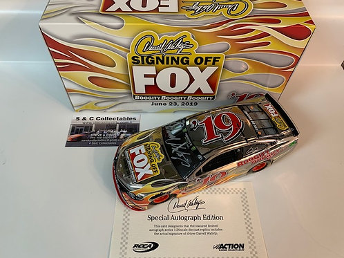 2019 Autographed Color Chrome Fox Signing Off / Darrell Waltrip 1:24  Wall