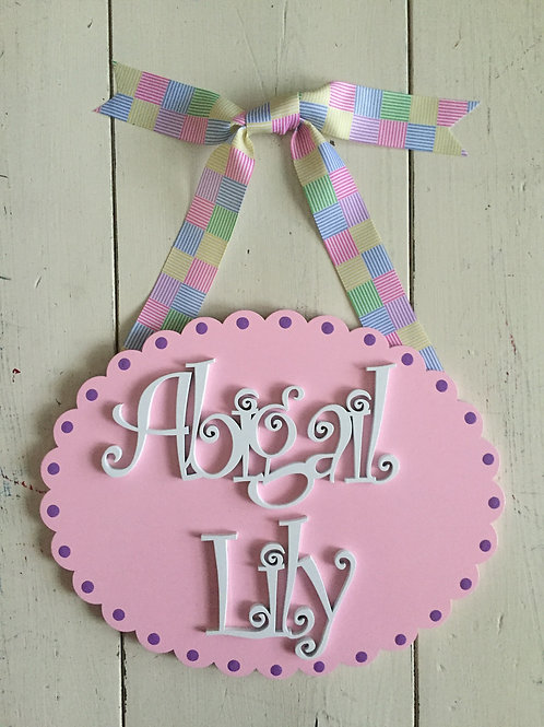 Scalloped Oval Plaque