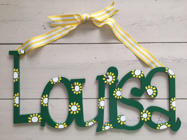 """Green Daisy """"Louisa"""""""