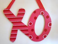 """Valentine's """"XO"""" Door Sign"""