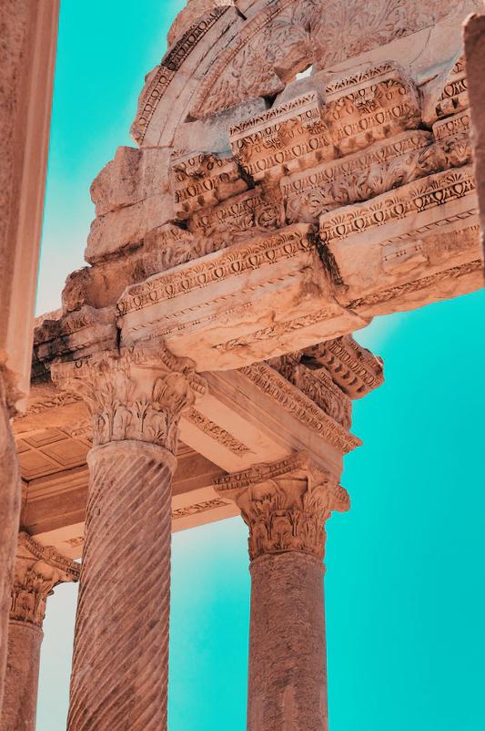 Aphrodisias Aphrodite Temple of the Acrocorinth (Acropolis of Corinth). Image from: https://unsplash.com/photos/Sm2IjyvrzDk