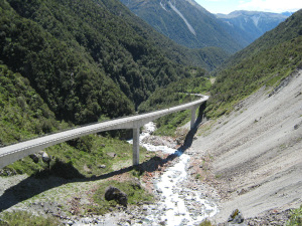 There are only three routes across the Southern Alps which runs like a backbone down the South Island. all an engineering challenge. this is the Otira Viaduct.