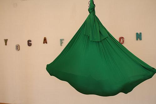 Aerial Yogatuch Grün