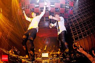 Duet DJ Terbaik Singapura, RAVE REPUBLIC, Hajar Blowfish Jakarta!