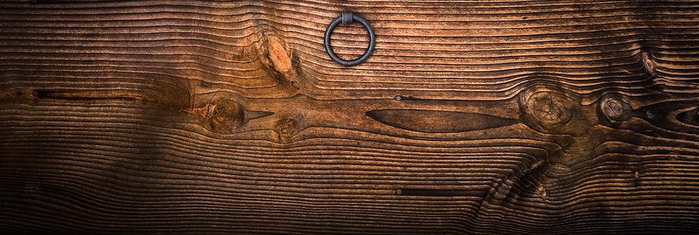 knocker-circle-usd-wood-161922_edited.jp