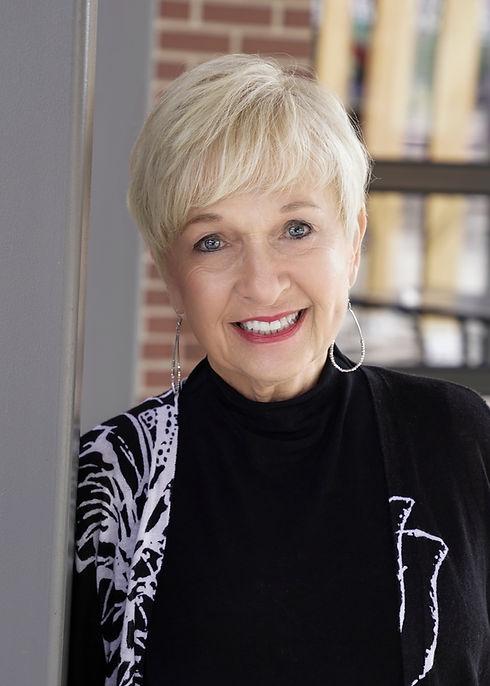 Elaine Kennelly book author