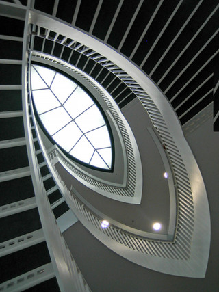Museum of Contemporary Art Chicago by Josef Paul Kleihues.